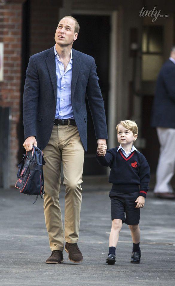 Принц Уильям с сыном принцем Джорджем_3