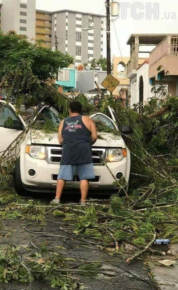 """Эвакуация и покупки в супермаркетах: как Карибы переживают атаку урагана """"Ирма"""""""