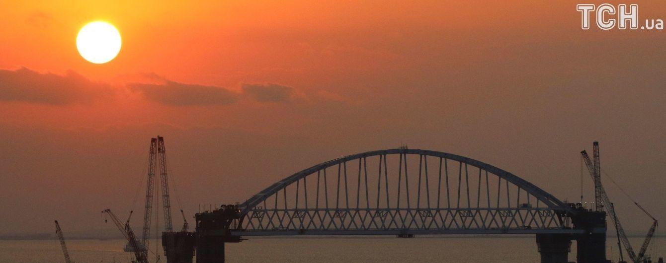 Блогер заявив про призупинення будівництва Керченського мосту через нестабільні опори