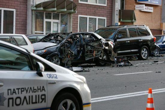 Загрожує ампутація ноги: лікар розповів нові подробиці про стан потерпілої від вибуху у центрі Києва