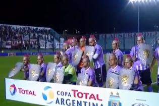 Гладіатори на полі. Аргентинська команда зробила досить незвичайне фото перед матчем