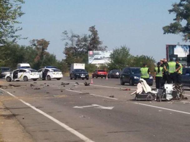 У Херсоні під час тест-драйву розірвало на шматки авто – загинуло троє чоловіків