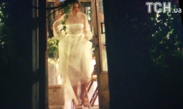 Весілля в оранжереї. Нардеп Лещенко одружився з діджейкою Топольською