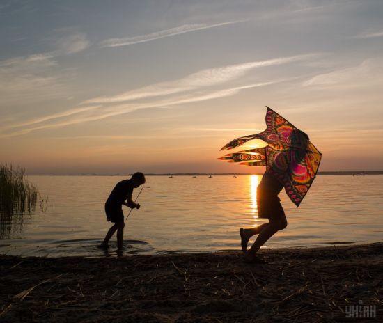 Новий тиждень розпочнеться із сонячної погоди та спеки. Прогноз на 11 вересня