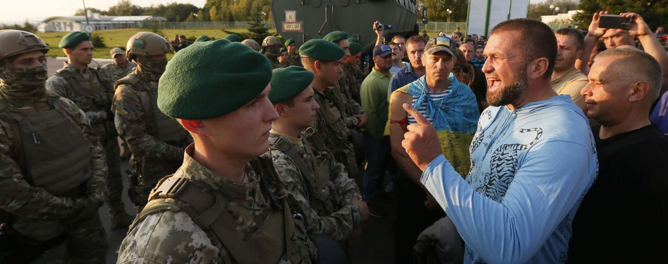 Аваков объяснил действия правоохранителей при встрече Саакашвили на границе