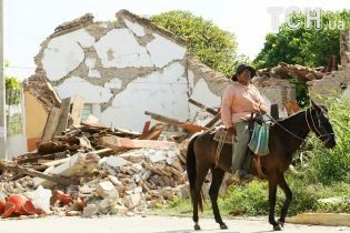"""""""Мені радили спати з кросівками й курткою"""": українка розповіла ТСН про пережитий у Мексиці землетрус"""