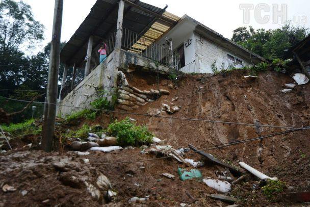 Люди пережили землетрясение в Мексике