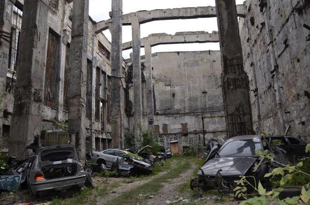 У Миколаєві знайшли автоцвинтар крадених іномарок
