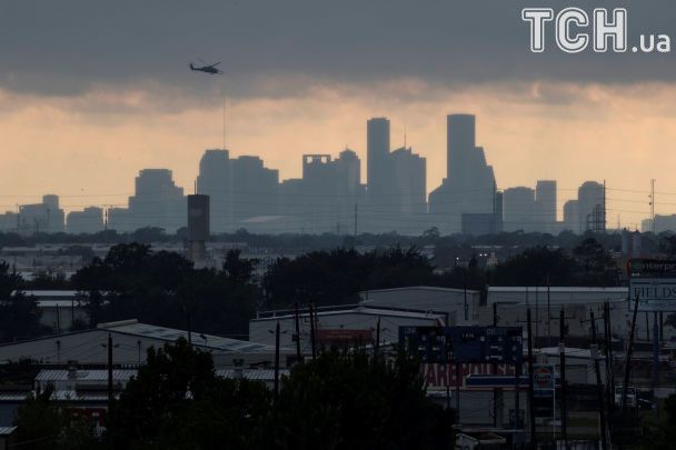 """Ураган """"Гарві"""" в США: нові жертви і загроза токсичного зараження"""