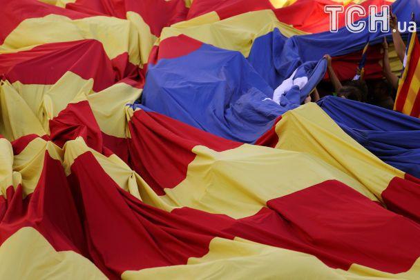 В Барселоне почти миллион демонстрантов вышли поддержать независимость Каталонии