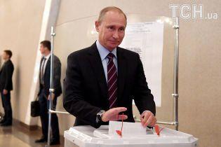 """У РФ кожен п'ятий виборець """"проголосував"""" за вигаданого кандидата у президенти, """"схваленого"""" Путіним"""