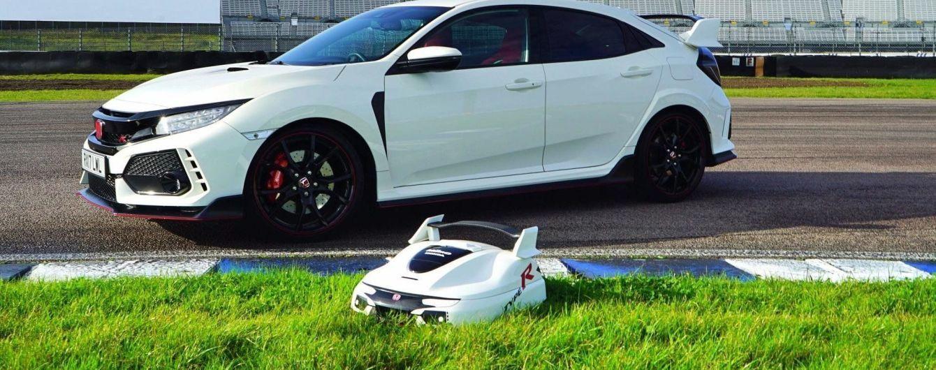 Honda выпустила автономную газонокосилку Miimo в стиле Civic Type R
