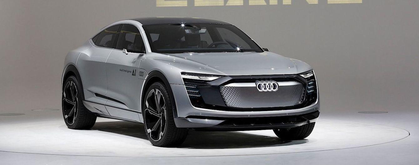 Во Франкфурте Audi показала купеобразный кроссовер Elain