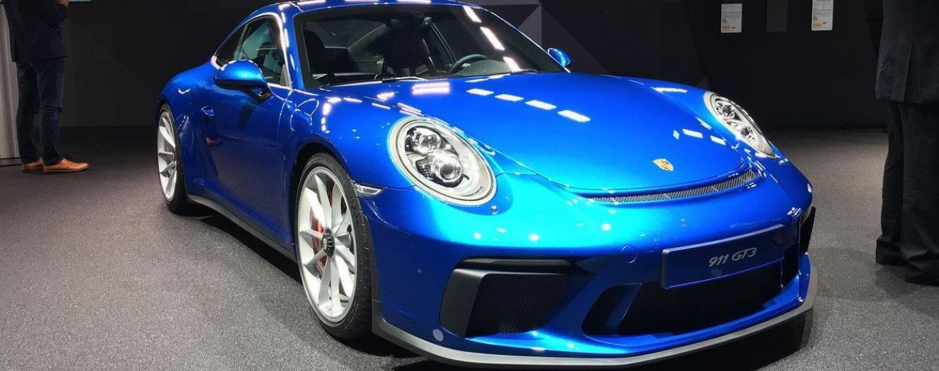 "Porsche 911 GT3 Touring Package с ""механикой"" приехал во Франкфурт"