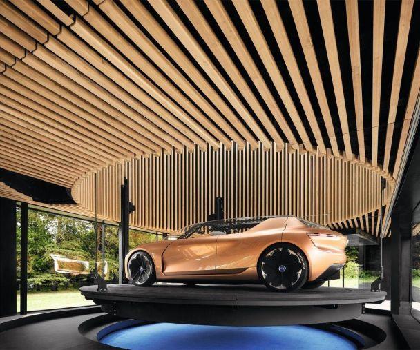 """Renault построил автономный электрокар, который является частью """"умного"""" дома"""