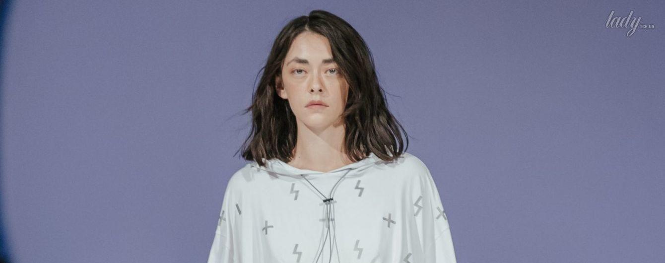 Светоотражающие принты и вязаные свитеры в коллекции ROUSSIN by Sofia Rousinovich