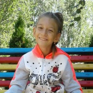 9-річна Настя мріє про самостійні кроки