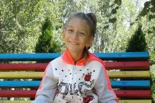 9-летняя Настя мечтает о самостоятельных шагах