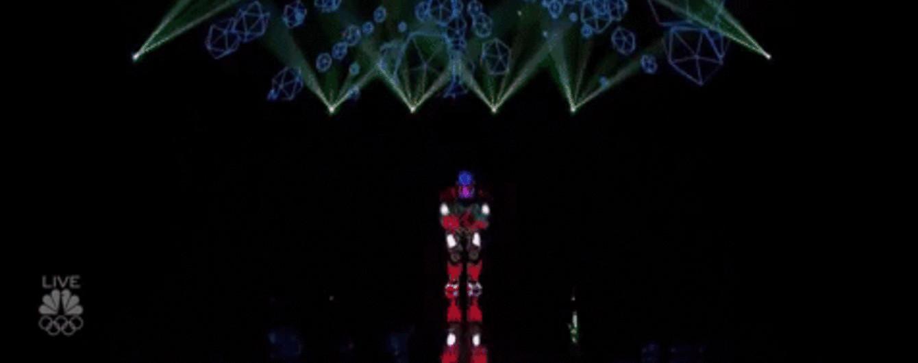 """""""Неоновые"""" украинцы в финале американского талант-шоу и Instagram крутого учителя. Тренды Сети"""