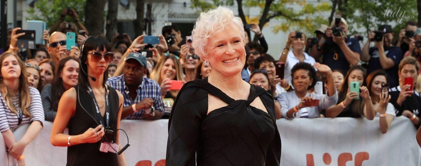 Еще ого-го: 70-летняя Гленн Клоуз блистала в элегантном платье на красной дорожке