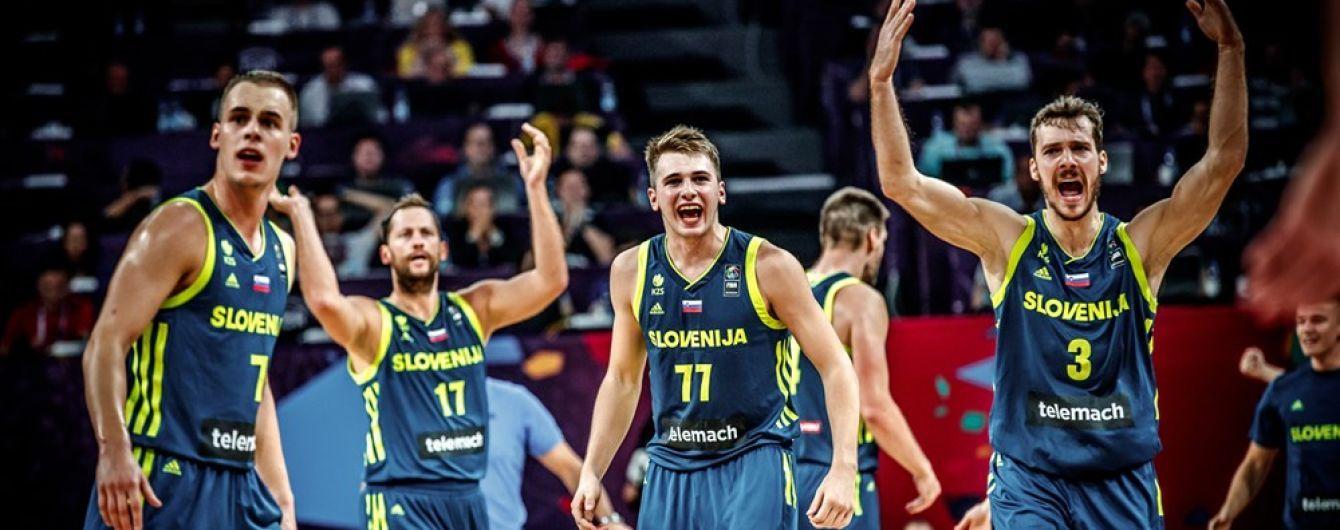 Словенія сенсаційно вибила Іспанію і пробилася у фінал Євробаскету-2017