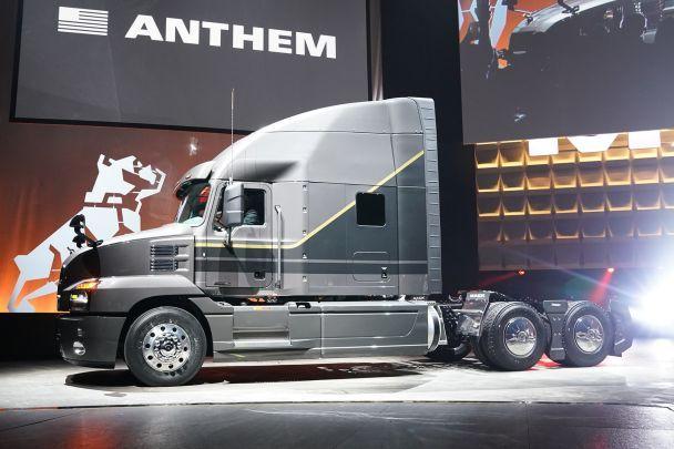 В США появится новый тягач Mack Anthem