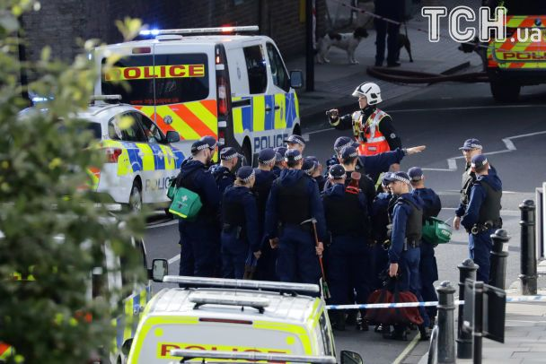 Появились фото и видео с места взрыва в лондонском метро