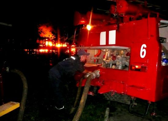 """В Одессе на пепелище """"Виктории"""" обнаружили останки третьей жертвы"""