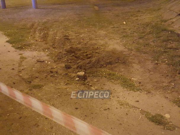 В Киеве прямо на улице прогремел взрыв