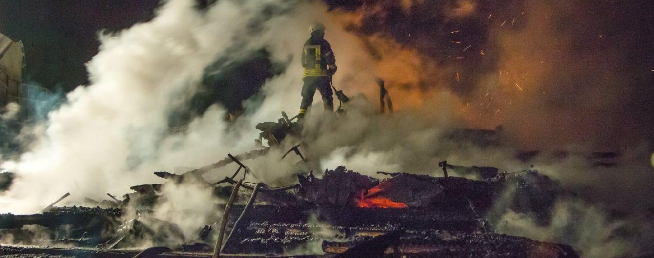 """У справі про трагічну пожежу в Одесі обшукали 14 фірм, які реконструювали табір """"Вікторія"""""""