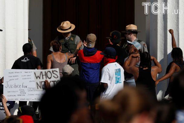 Протести у Сент-Луїсі