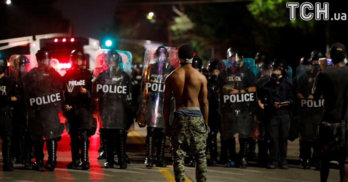 УСША сталися сутички протестувальників із поліцією, затримано 13 осіб