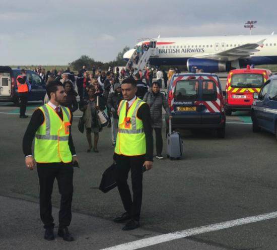 В Париже эвакуировали пассажирский самолет, который собирался в Лондон