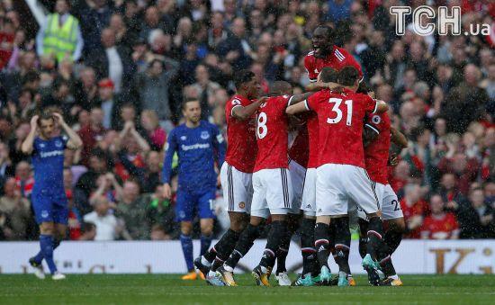 """""""Манчестер Юнайтед"""" благодаря невероятной концовке разгромил """"Эвертон"""""""
