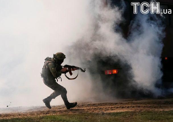 Reuters показало динамичные фото международных военных учений Rapid Trident-2017 в Украине