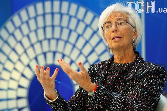 """Глава МВФ розповіла про """"чорні хмари"""", що нависають над світовою економікою"""