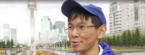 У Казахстані юнак самостійно вивчив українську мову і мріє про Київ і борщ