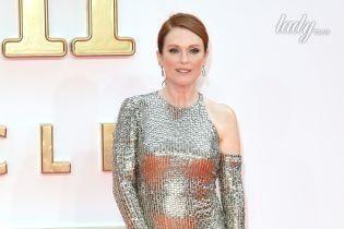 Джулианна Мур надела на премьеру фильма эффектное серебристое платье