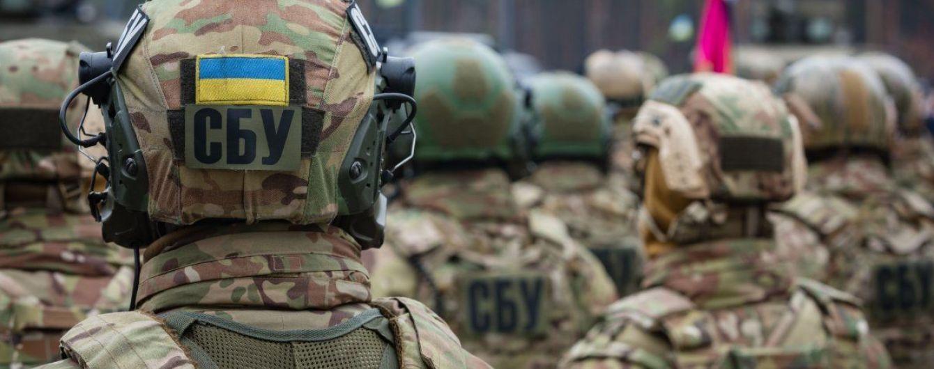 В Харькове СБУ и ГПУ обыскивают здание Госгеокадастра и жилища чиновников