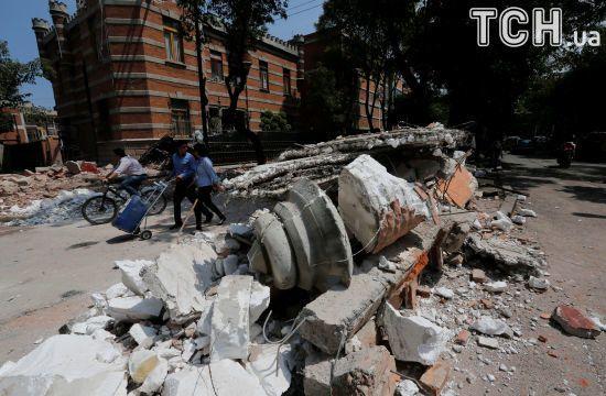 Внаслідок нищівного землетрусу у Мексиці загинули щонайменше 49 людей