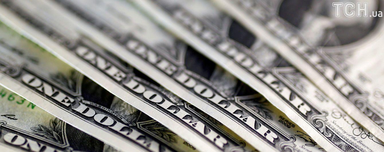 Доллар подешевеет в курсах валют от НБУ на 12 октября