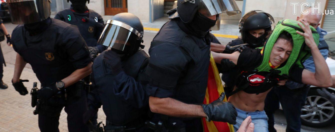 Количество пострадавших в результате столкновений в Каталонии выросло почти до полутысячи