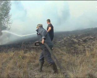 На Черкащині другу добу палають торфовища