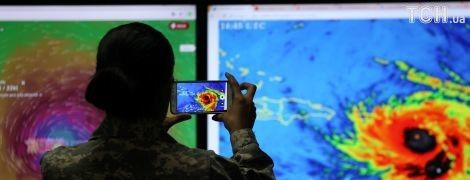 """Ураган """"Мария"""" оставил без света три миллиона населения Пуэрто-Рико"""