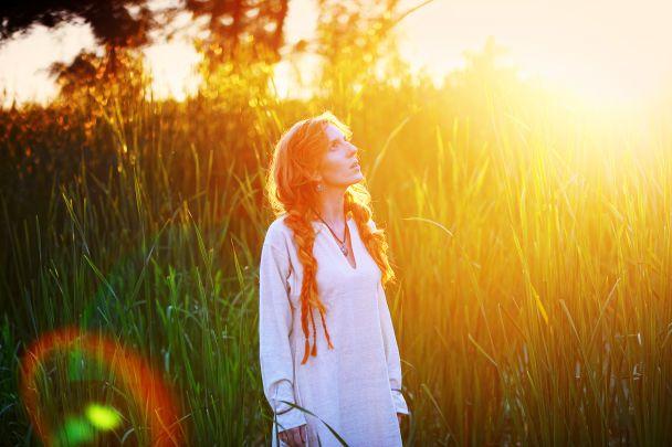 Співачка ILLARIA представила кліп у стилі фентезі