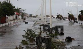 """Ураган """"Марія"""" вдарив по Пуерто-Рико: його охрестили найпотужнішим за майже століття"""