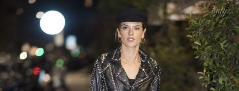 Модель в Милане: Алессандра Амбросио попала в объективы папарацци в прозрачном платье