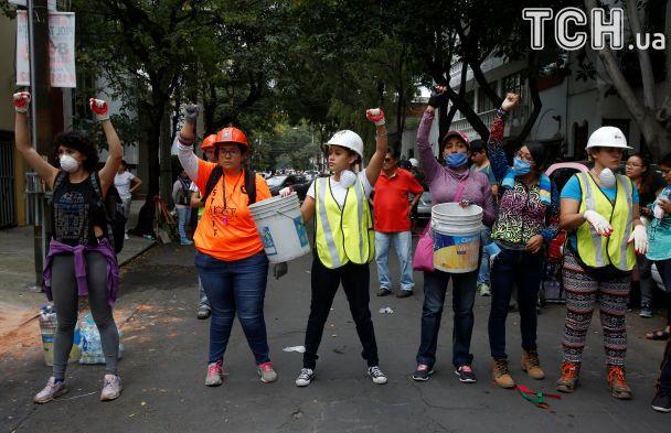 Около 3 тыс. зданий вМехико могут рухнуть после землетрясения