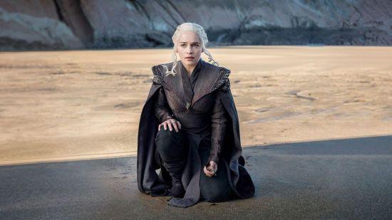 """""""Мати драконів"""" Емілія Кларк показала фінальний результат перевтілення у білявку"""