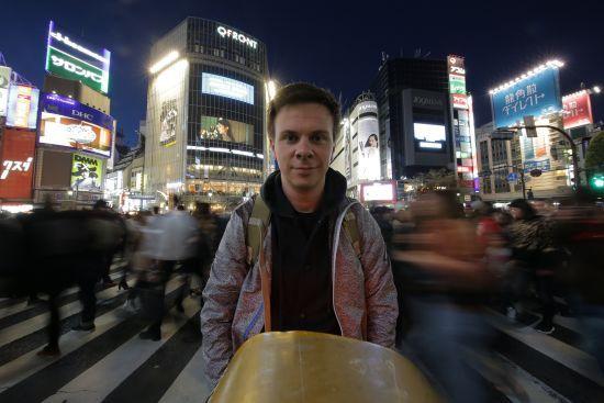 """У новому випуску """"Світу навиворіт"""" глядачі побачать японське весілля Дмитра Комарова"""